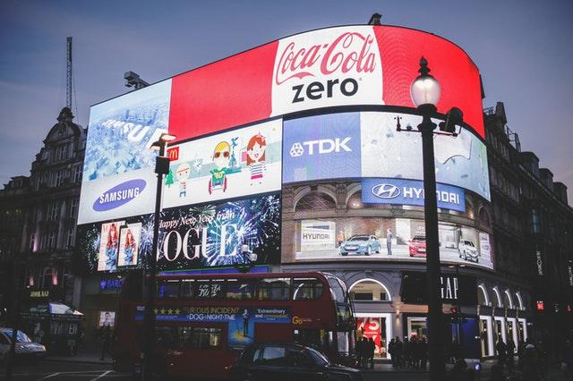 marketing-billboards-picadilly